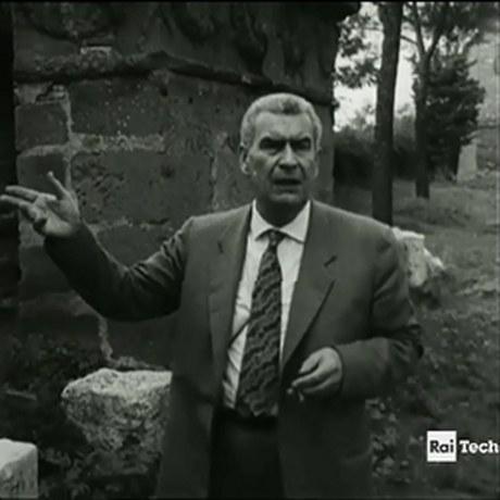 Disponibili nella Biblioteca Zeri i documenti video con le memorabili apparizioni televisive di Federico Zeri per la RAI: interviste, filmati, documentari. VISIONABILI SU RICHIESTA!