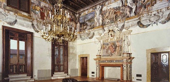 Fregio Carracci a Palazzo Magnani a Bologna